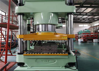 High Efficiency Marine Rubber Fenders Molding Machine 2 Layers 1000 T Clamp Force
