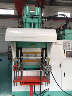 Hot Sell Virus Prevention Mask Injection Machine